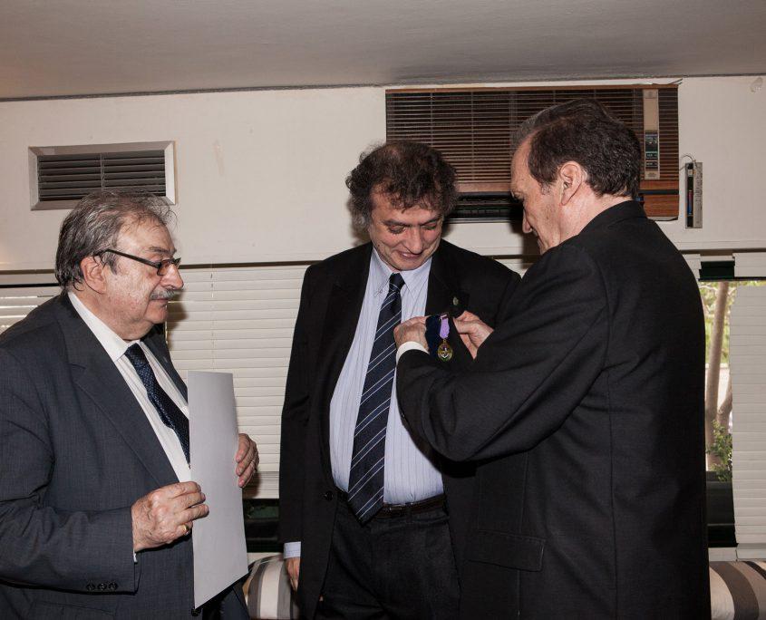 La asociación de Criminólogos impone la Medalla al Mérito Profesional a D. Miguel Ángel Baños, director del Institut Català del Peu