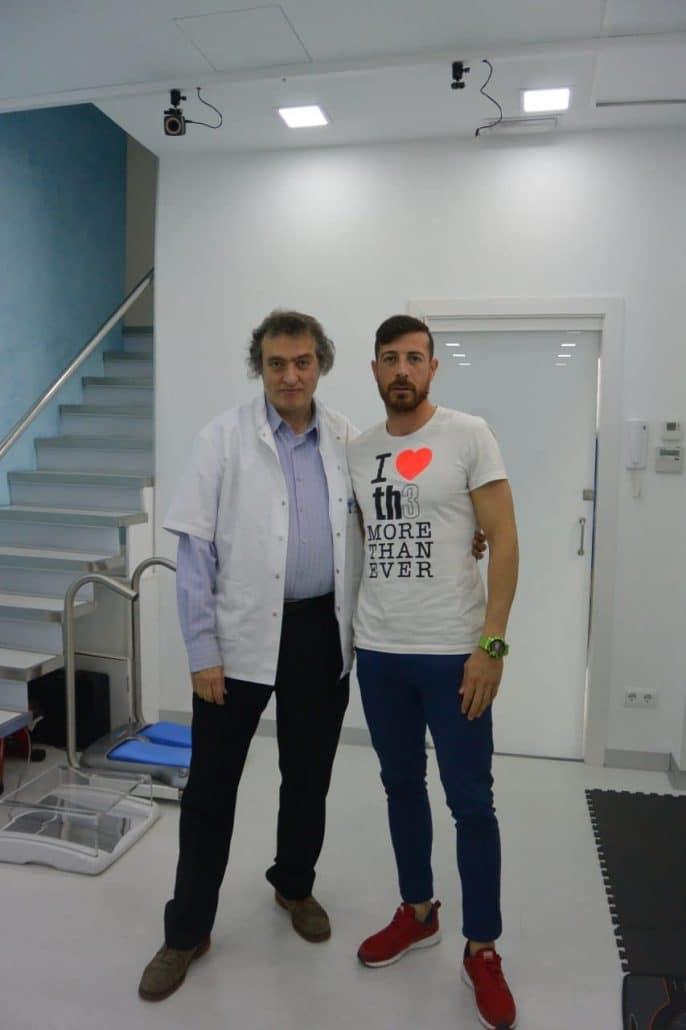 El Institut Català del Peu, centro podológico oficial de la U.E. Cornellà, realiza un análisis del rendimiento al primer equipo del club.