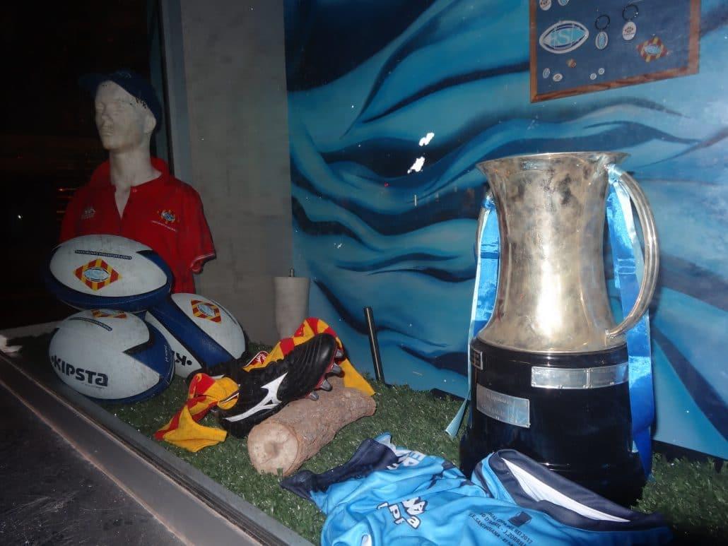 El Institut Català del Peu firma un acuerdo con la Unió Deportiva Santboiana, actual campeona de la Copa S .M. EI Rey.