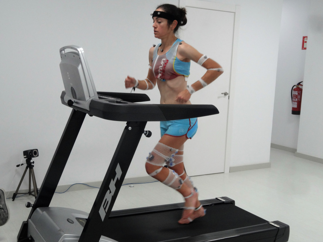 L'Institut Català del Peu realitza una anàlisi biomecànica a Gisela Carrión, campiona d'Espanya en Quilòmetre Vertical.